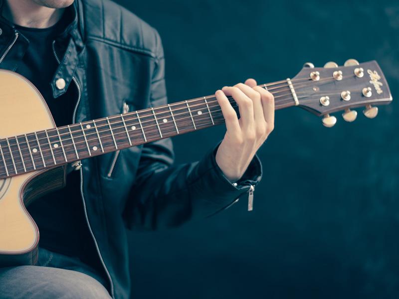 Sekcja muzyczna – nauka gry na instrumentach