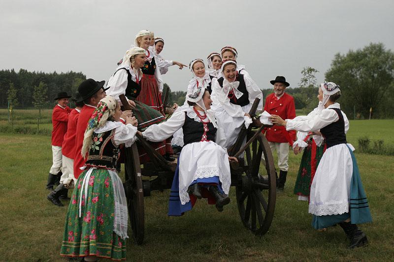 """Zespół Pieśni i Tańca Ludowego """"Staropolanie-Wielkopolska"""""""