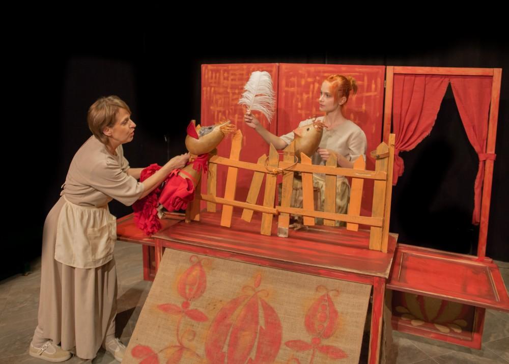Bajki z malowanej skrzyni – spektakl w ramach SOBOTNICH BAJDUREK