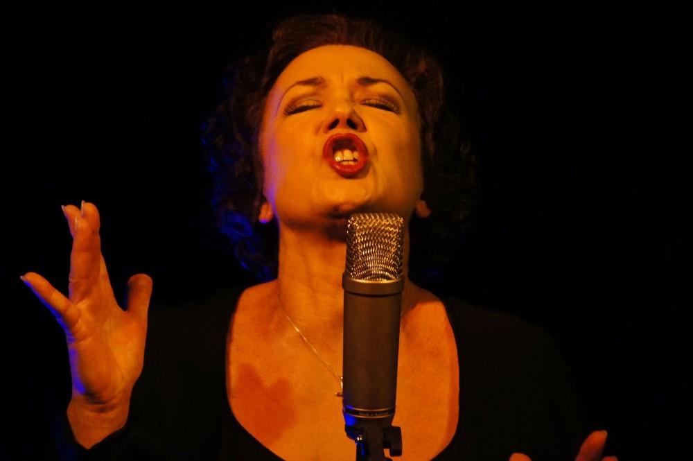"""Recital Piosenki Francuskiej """"Bo moje usta powiedzą Ci o mojej miłości"""""""